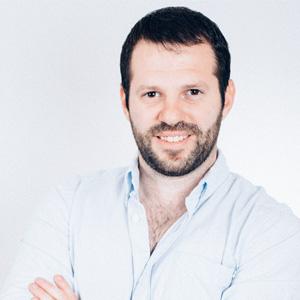 EasySend: Building and Optimizing Digital Customer Journeys