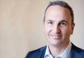 Christopher Ferrara, Senior Director, Industry Solutions, Qlik