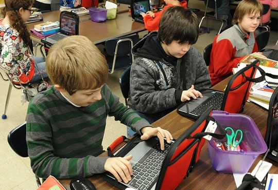 Dell Facilitates Multiple Chrome-based Learning Solutions for Advanced Learning