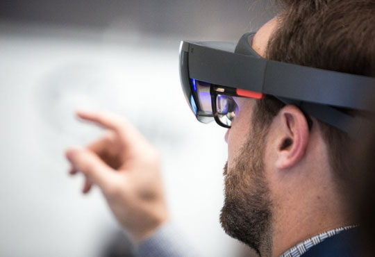How VR and AR Technologies are Redefining Business
