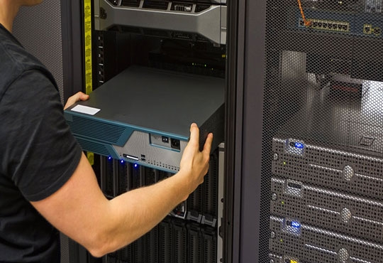 Bare Metal SDN Switching Fabric for Data Centers from Big Switch