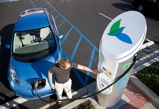 Glassbeam's Data Analytics to Streamline Electrical Vehicle Charging Station Management