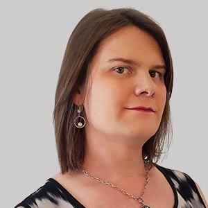 Lexi Emmons Sr. Director, Customer Experience, Bright Horizons