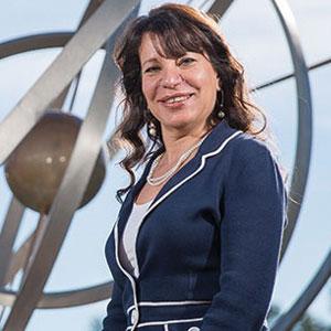 Mona Badie, CIO & CDO, GE Hitachi Nuclear Energy